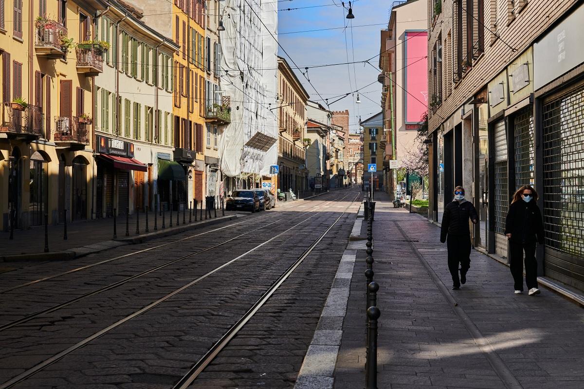 Italia trở thành tâm dịch lớn thứ hai trên thế giới. Ảnh được chụp tại TP.Milan.